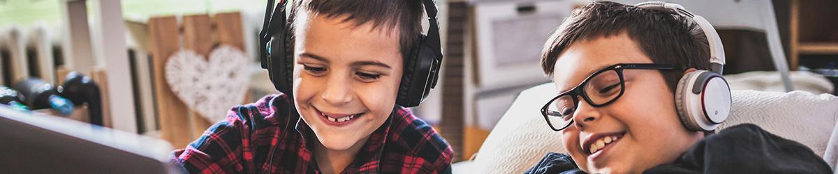Digitaalinen vanhemmuuspakkaus: lasten pelaaminen